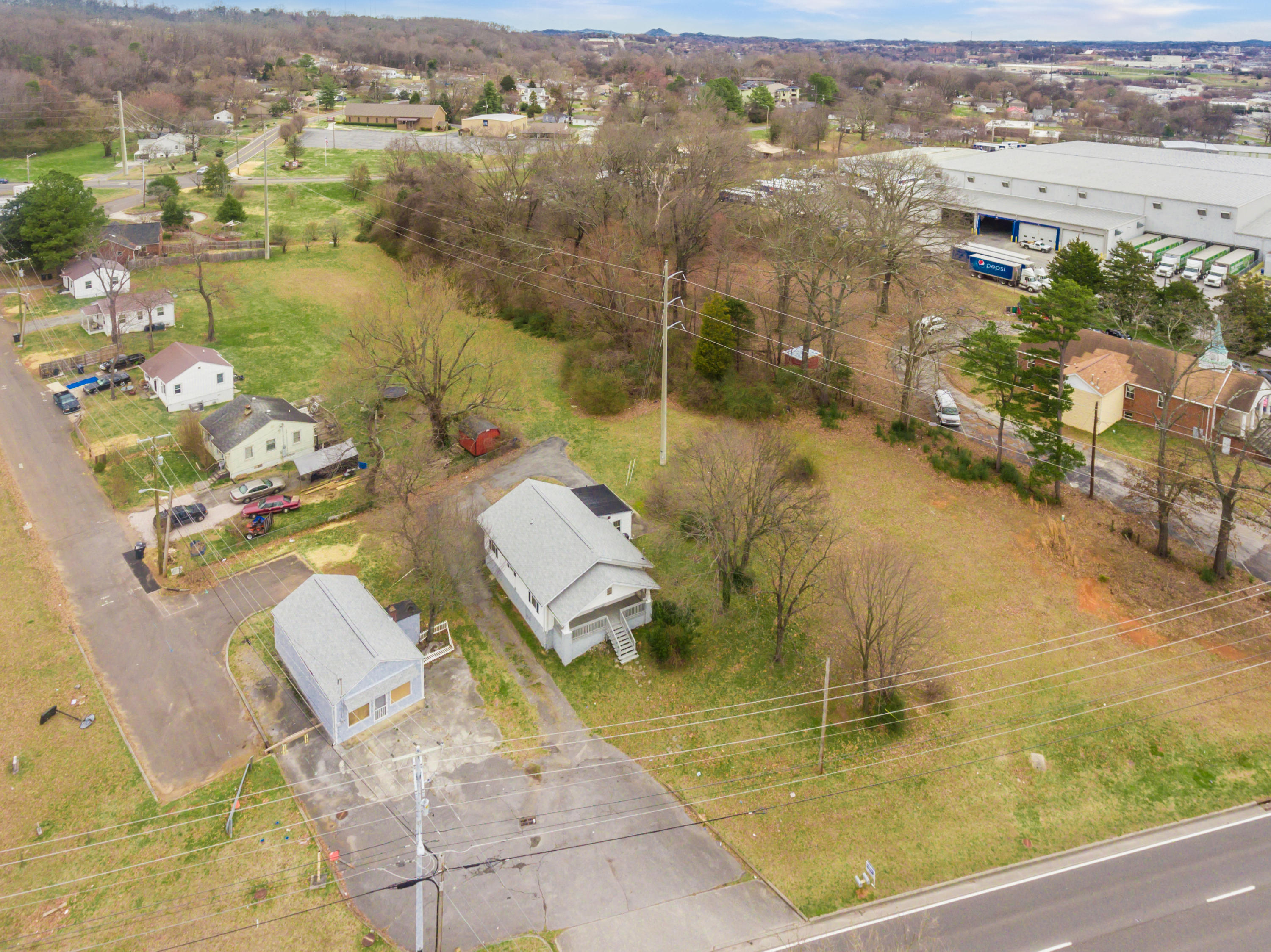 3605 Middlebrook Pike, Knoxville, Tennessee 37921, ,Commercial,For Sale,Middlebrook,1091508