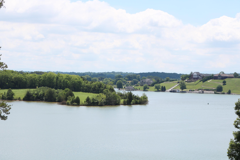 4266 Ridge Water Rd: