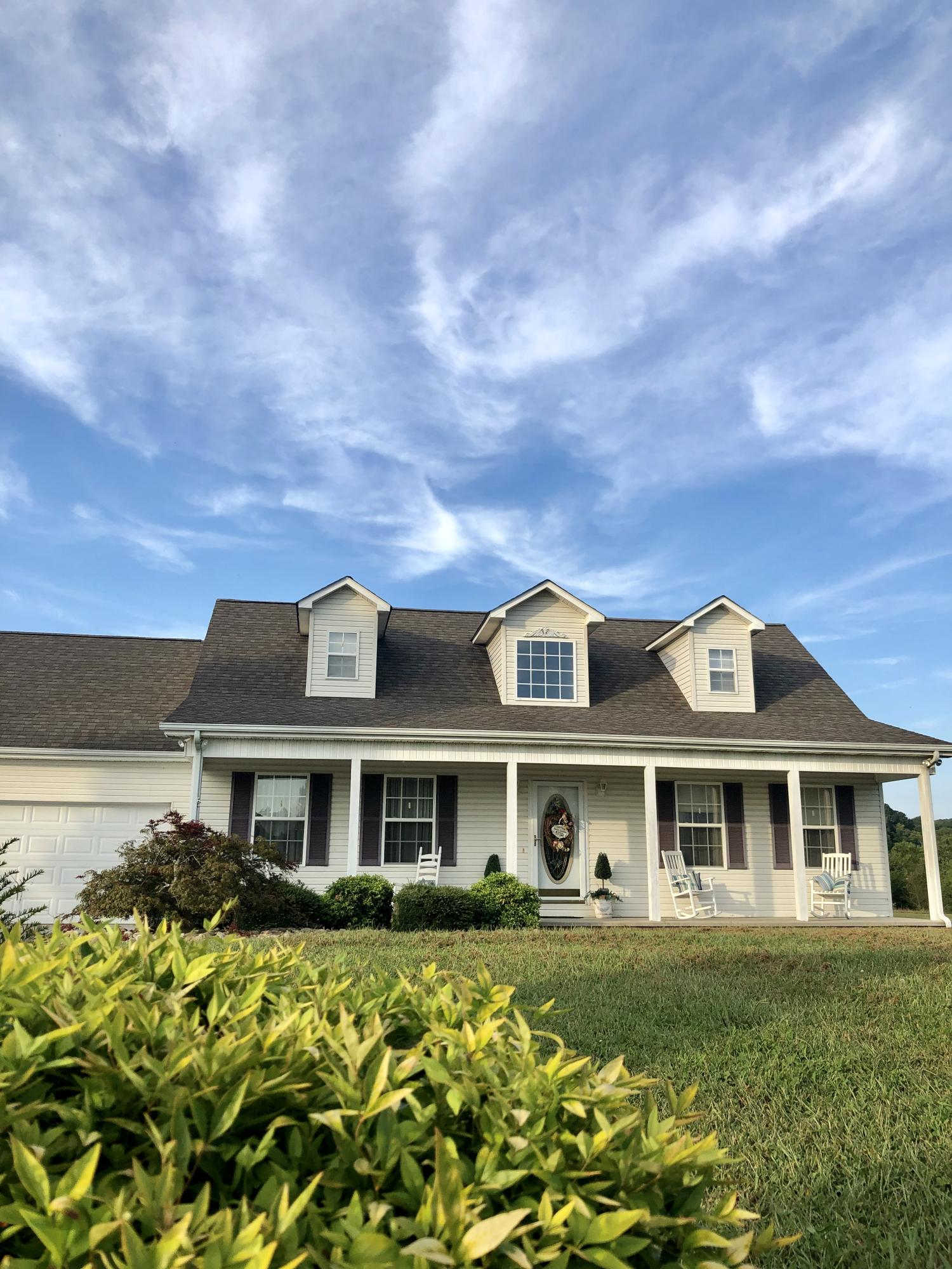 1205 Christianburg Lane, Sweetwater, Tennessee 37874, 3 Bedrooms Bedrooms, ,2 BathroomsBathrooms,Single Family,For Sale,Christianburg,1094235