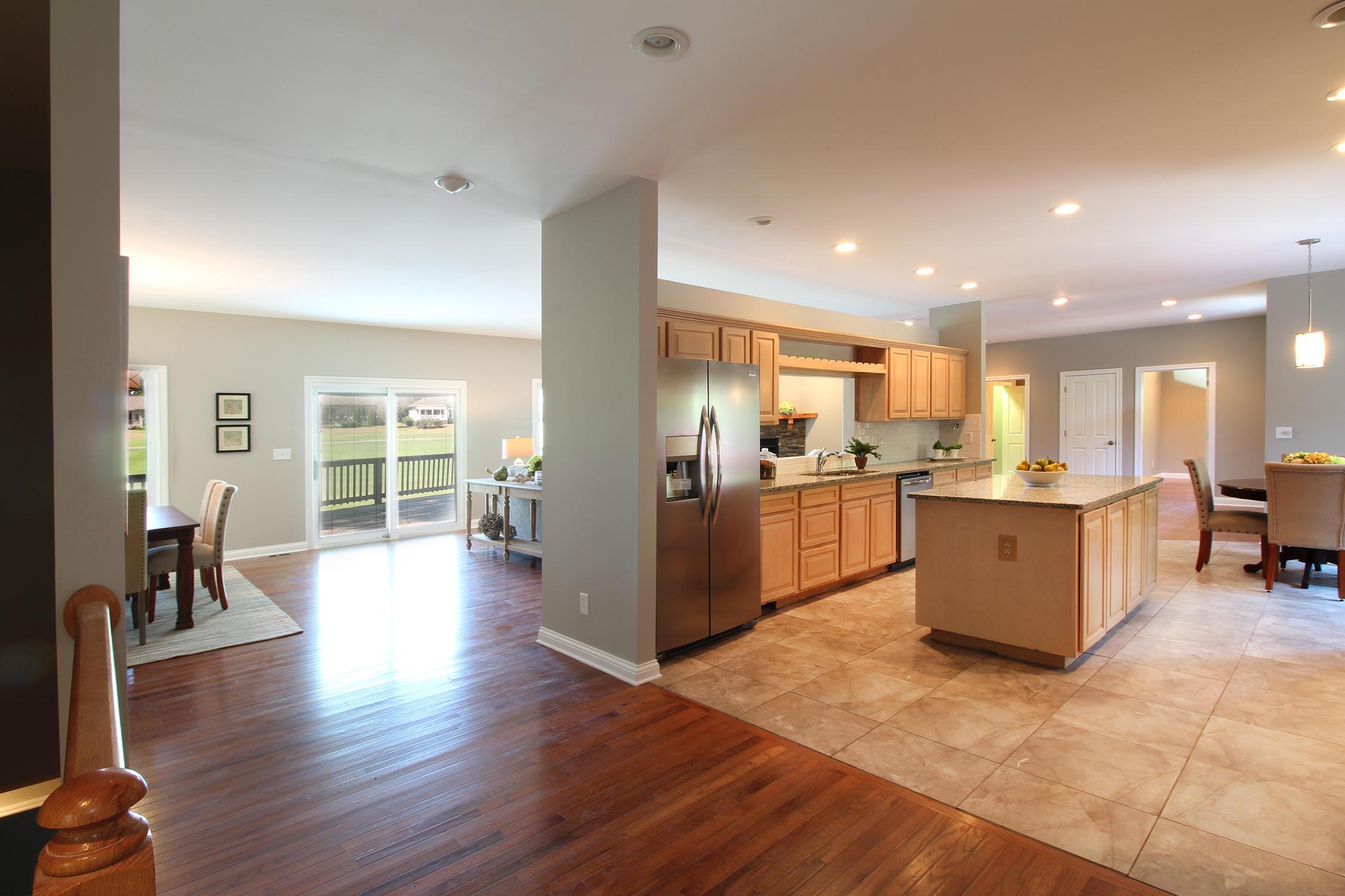 302 Tigitsi Way, Loudon, Tennessee 37774, 3 Bedrooms Bedrooms, ,3 BathroomsBathrooms,Single Family,For Sale,Tigitsi,1095356