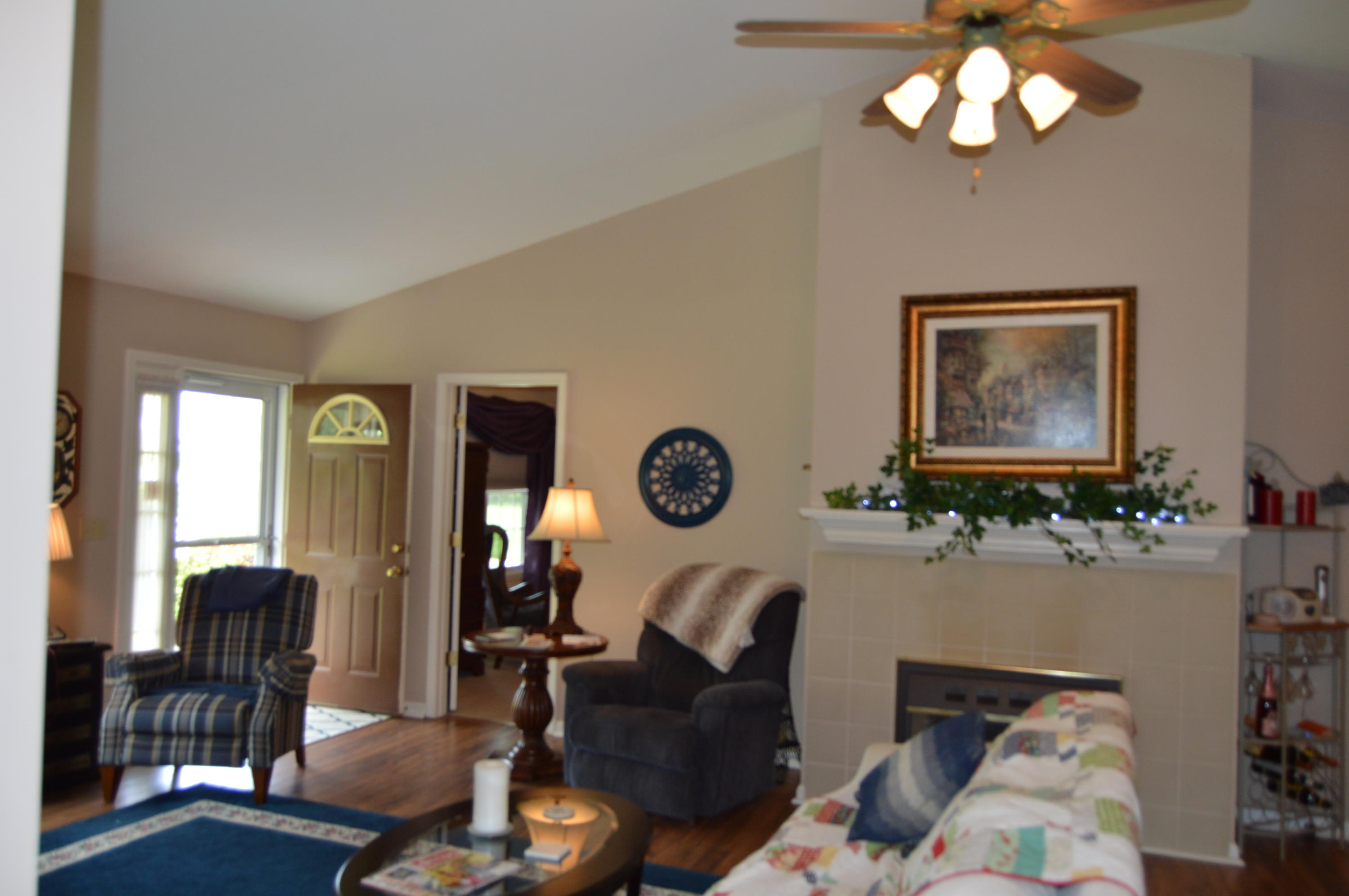 450 Southridge Circle- Crossville- Tennessee 38555, 3 Bedrooms Bedrooms, ,2 BathroomsBathrooms,Single Family,For Sale,Southridge,1095531