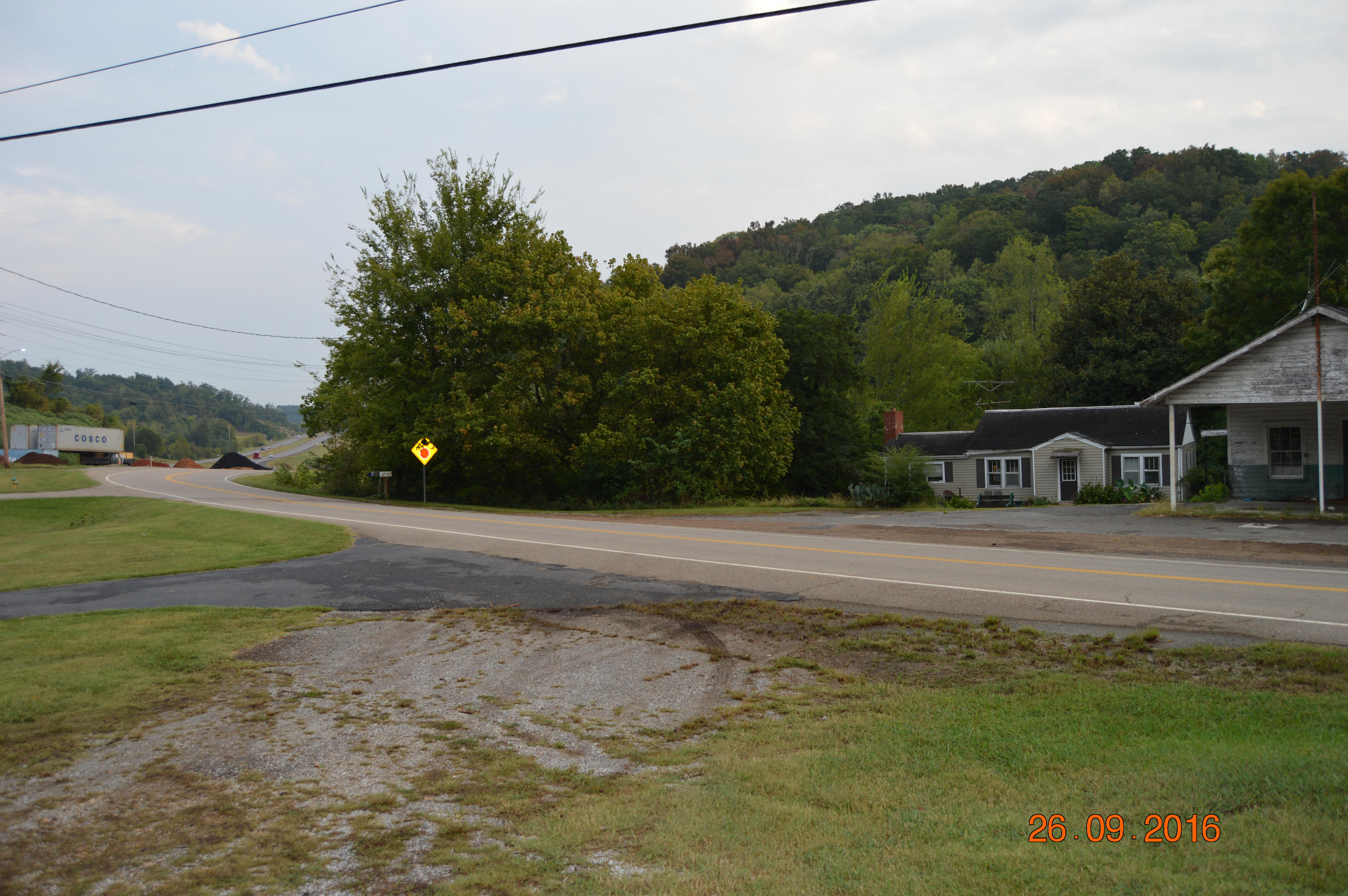 320 Memorial, Decatur, Tennessee, United States 37322, ,Commercial,For Sale,Memorial,1095561