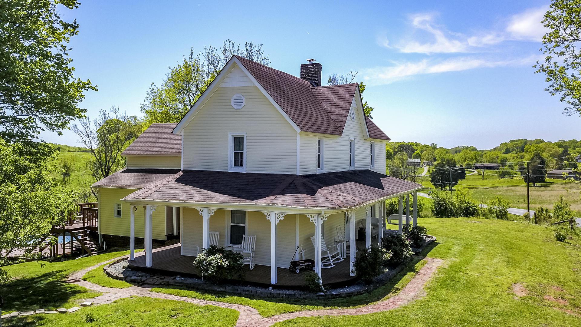 4756 Morganton, Maryville, Tennessee, United States 37801, 3 Bedrooms Bedrooms, ,2 BathroomsBathrooms,Single Family,For Sale,Morganton,1095775