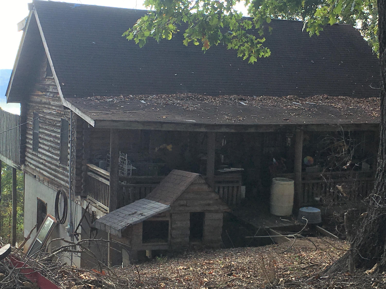 229 Cedar Grove St: