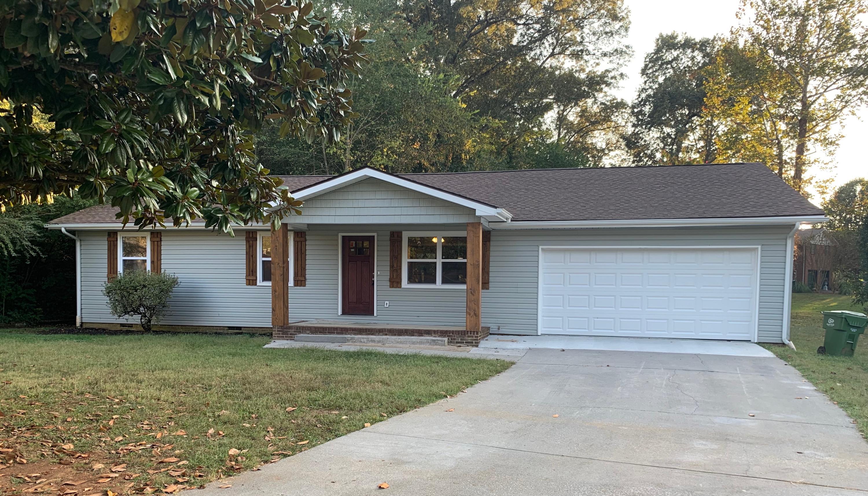 2208 Eva Jean Drive, Maryville, Tennessee 37804, 4 Bedrooms Bedrooms, ,3 BathroomsBathrooms,Single Family,For Sale,Eva Jean,1096581