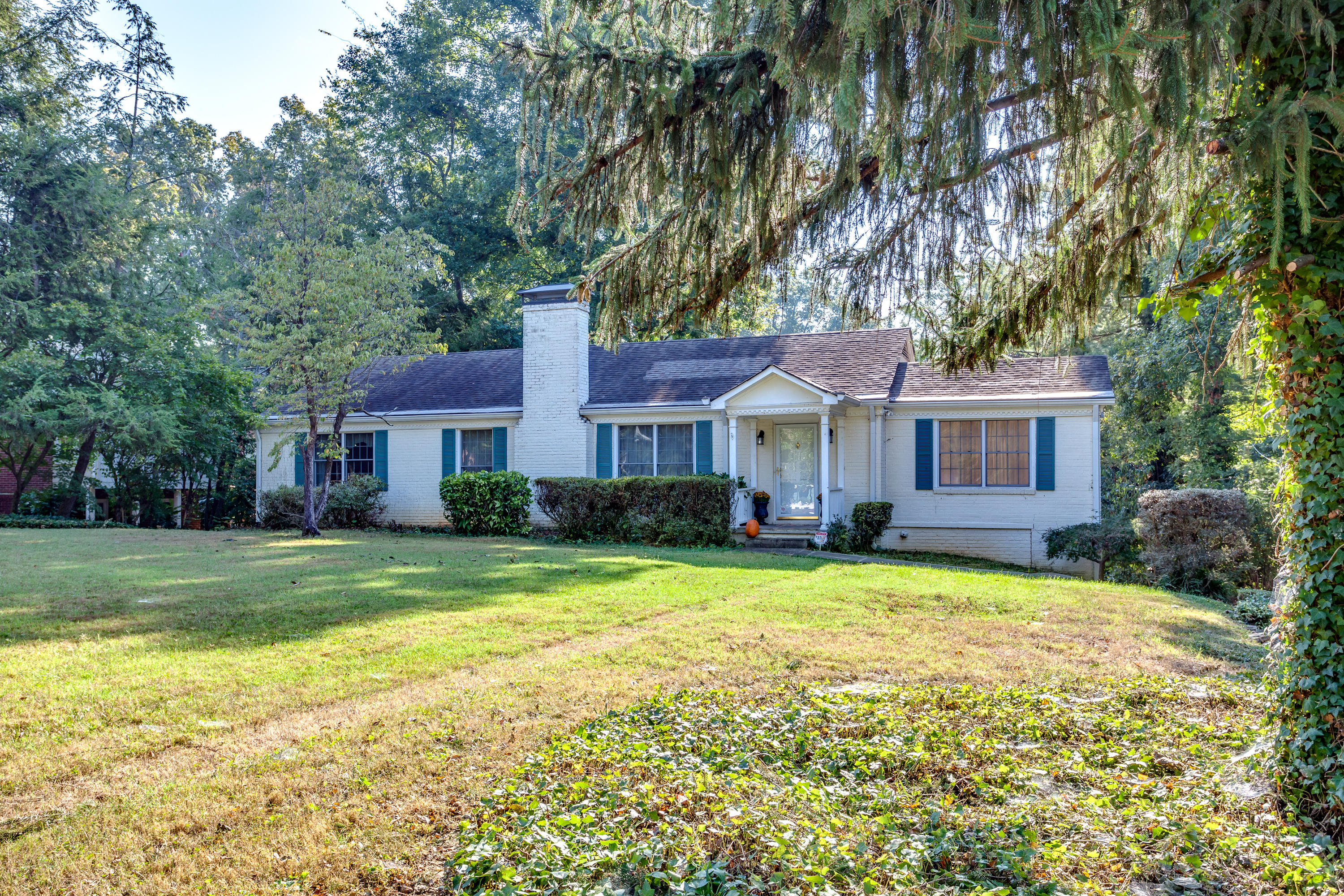 1144 Keowee Ave, Knoxville, Tennessee 37919, 5 Bedrooms Bedrooms, ,4 BathroomsBathrooms,Single Family,For Sale,Keowee,1096689