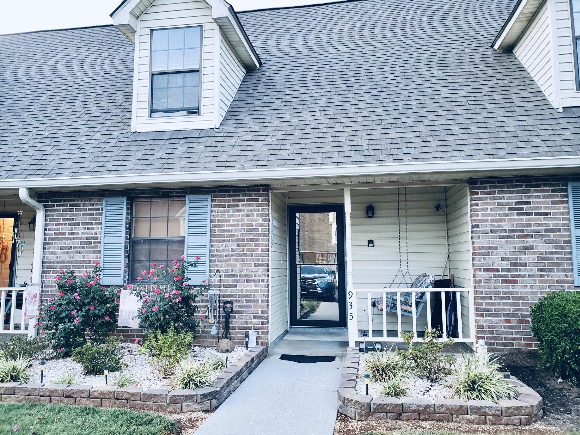 935 Bradley Bell, Knoxville, Tennessee, United States 37938, 2 Bedrooms Bedrooms, ,2 BathroomsBathrooms,Single Family,For Sale,Bradley Bell,1097167