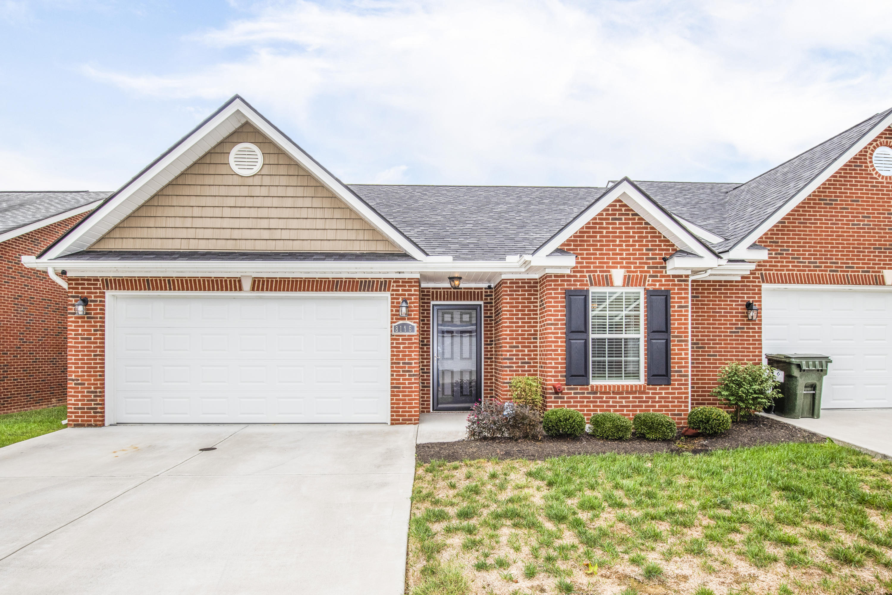 8116 Spice Tree Way, Knoxville, Tennessee 37931, 2 Bedrooms Bedrooms, ,2 BathroomsBathrooms,Single Family,For Sale,Spice Tree,1097358