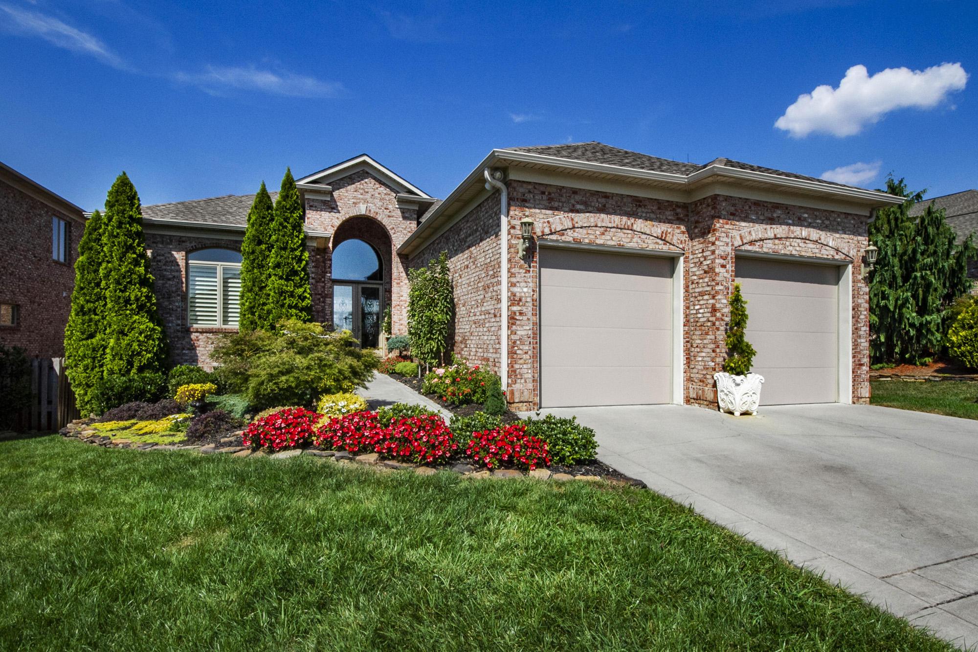 12651 Ridgepath Lane, Knoxville, Tennessee 37922, 4 Bedrooms Bedrooms, ,4 BathroomsBathrooms,Single Family,For Sale,Ridgepath,1097478