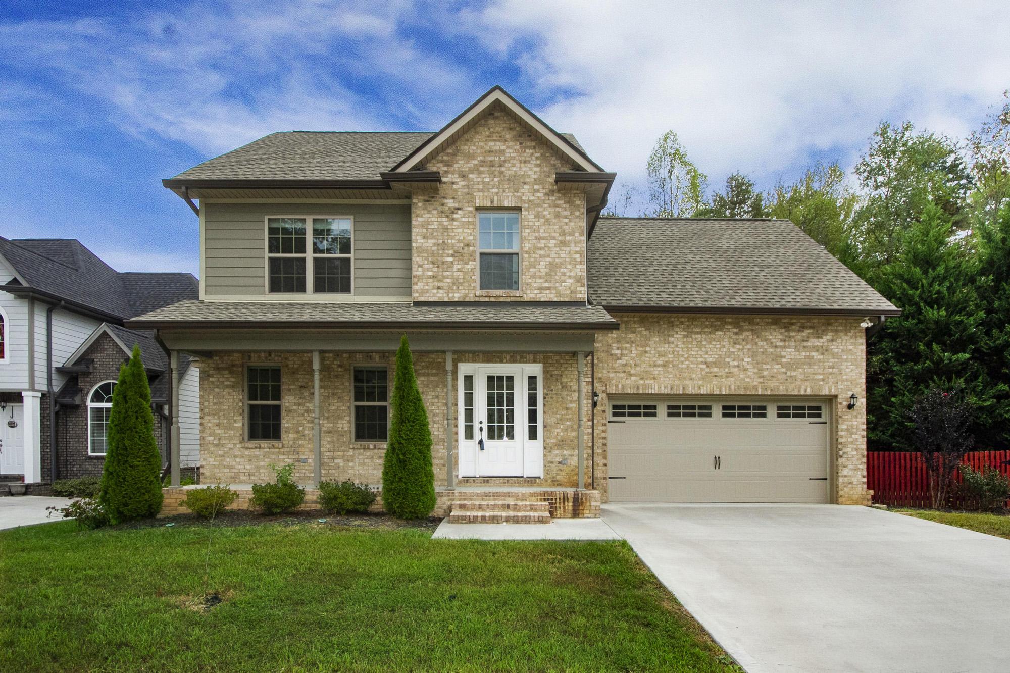 100 Crossroads Blvd, Oak Ridge, Tennessee 37830, 3 Bedrooms Bedrooms, ,2 BathroomsBathrooms,Single Family,For Sale,Crossroads,1097987