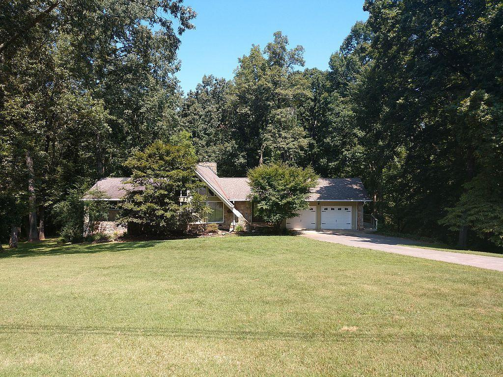 1438 Mimosa Drive, Louisville, Tennessee 37777, 3 Bedrooms Bedrooms, ,3 BathroomsBathrooms,Single Family,For Sale,Mimosa,1098199