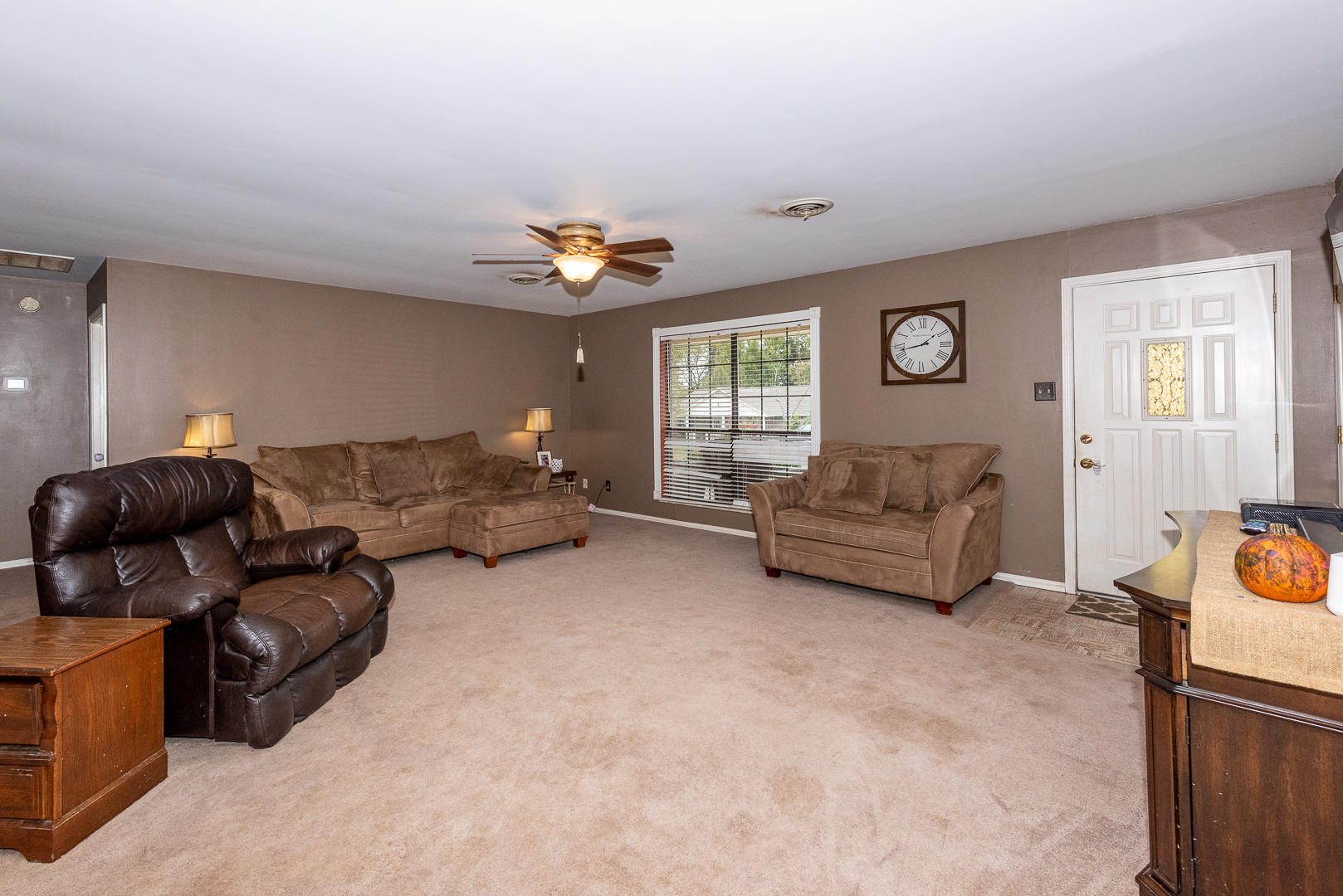2023 Raulston View Drive, Maryville, Tennessee 37803, 3 Bedrooms Bedrooms, ,2 BathroomsBathrooms,Single Family,For Sale,Raulston View,1097978