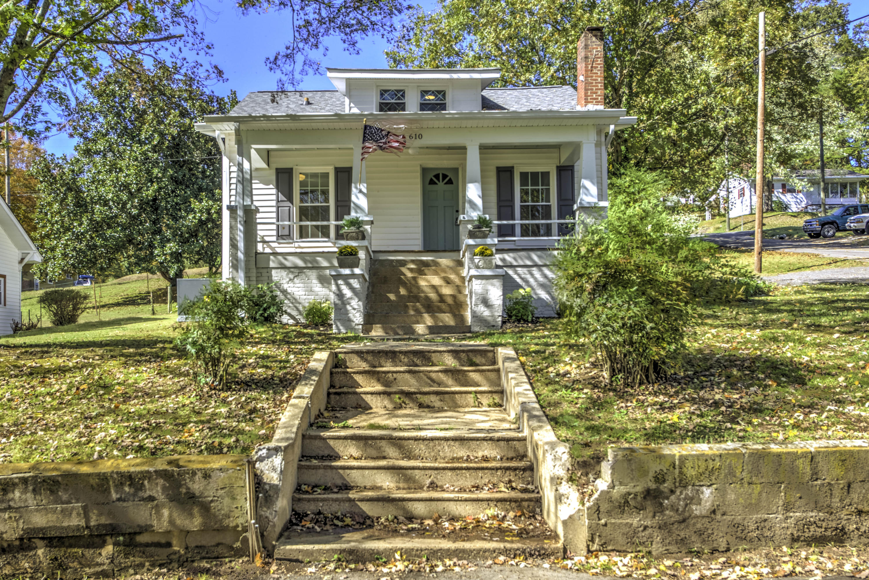 610 Cagle, Clinton, Tennessee, United States 37716, 3 Bedrooms Bedrooms, ,1 BathroomBathrooms,Single Family,For Sale,Cagle,1095969