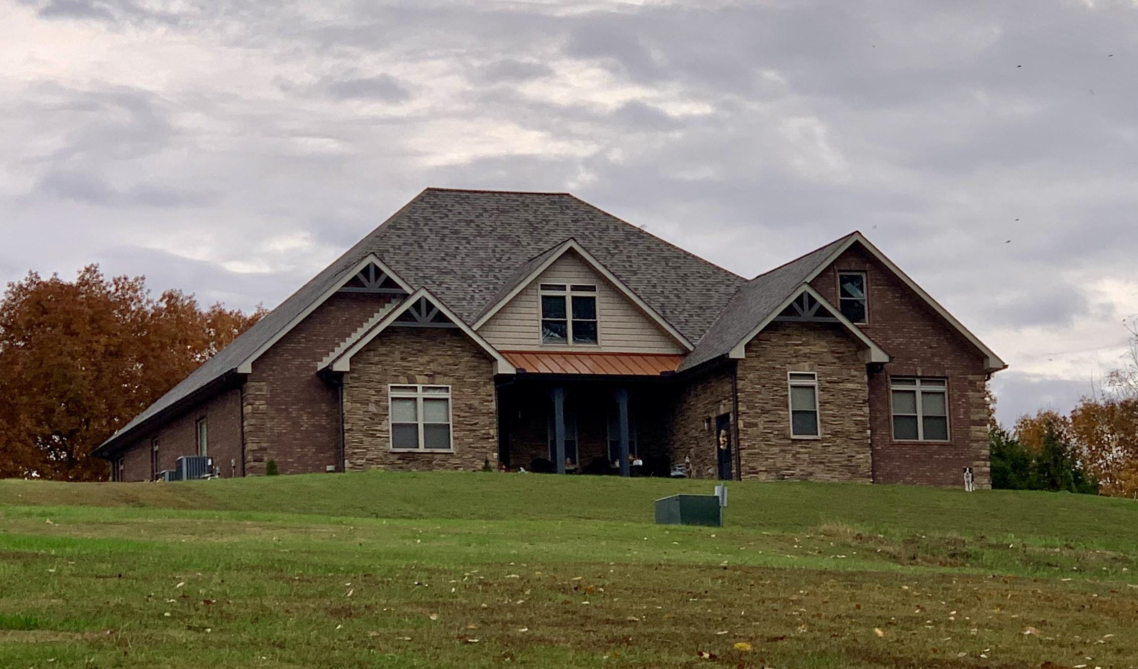230 Cinnabar Drive, New Tazewell, Tennessee 37825, 4 Bedrooms Bedrooms, ,5 BathroomsBathrooms,Single Family,For Sale,Cinnabar,1097830