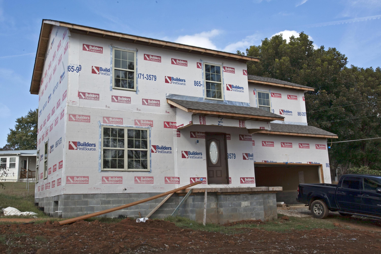 3809 Morganton, Maryville, Tennessee, United States 37801, 2 Bedrooms Bedrooms, ,2 BathroomsBathrooms,Single Family,For Sale,Morganton,1100087