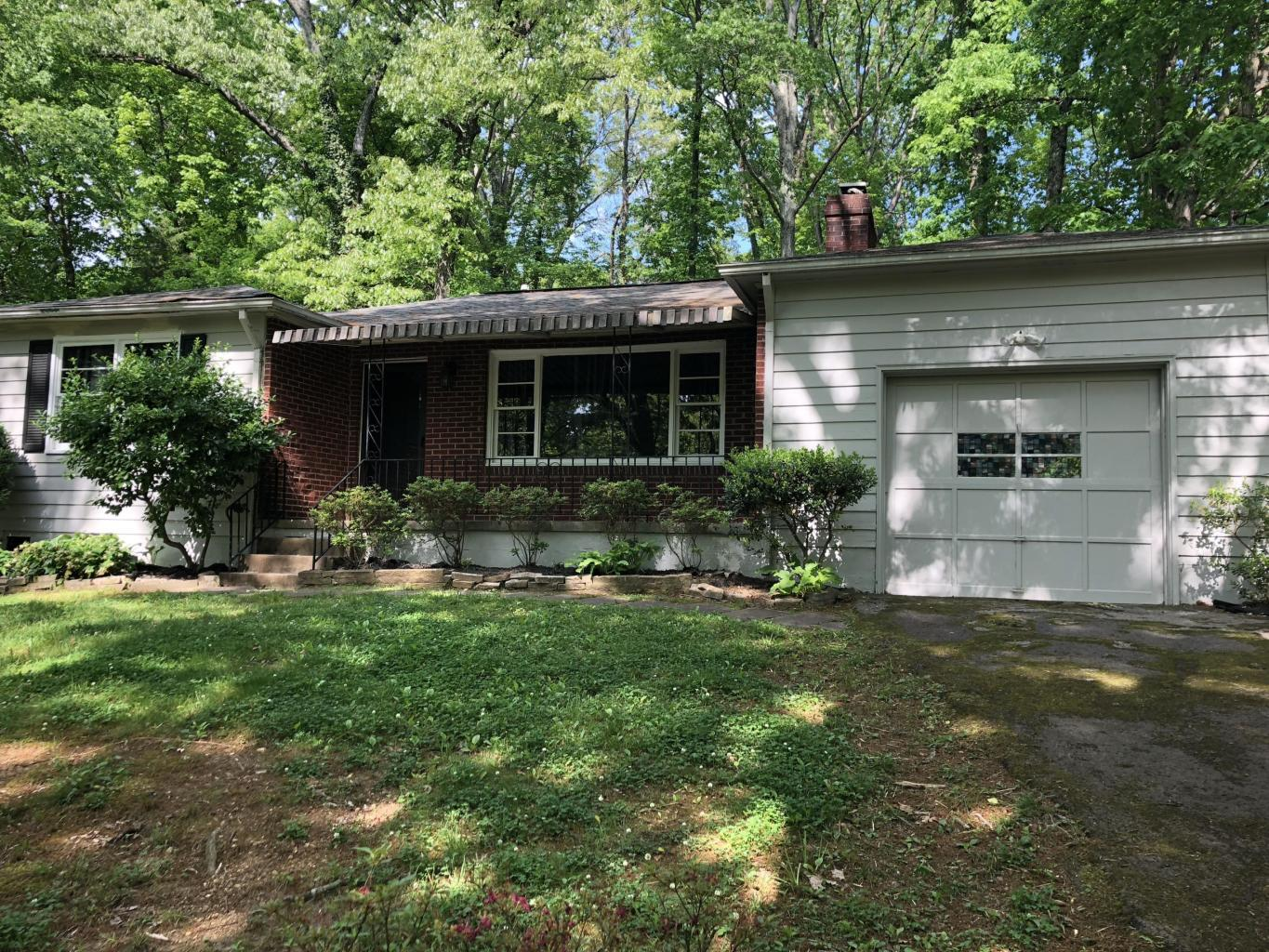1616 Shirley, Knoxville, Tennessee, United States 37909, 3 Bedrooms Bedrooms, ,1 BathroomBathrooms,Rental,For Sale,Shirley,1100154