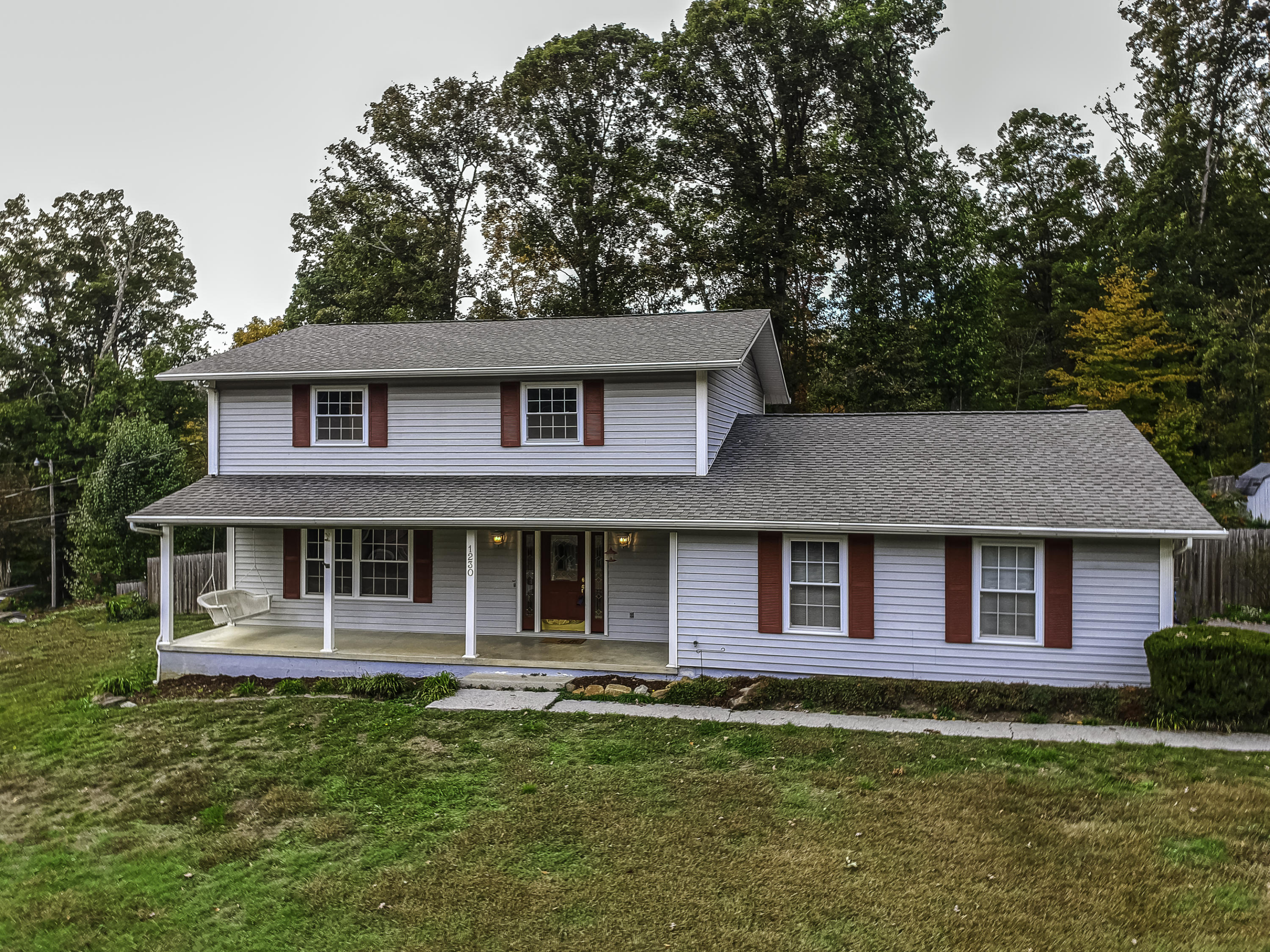 1230 Live Oak Circle- Knoxville- Tennessee 37932, 4 Bedrooms Bedrooms, ,2 BathroomsBathrooms,Single Family,For Sale,Live Oak,1100224