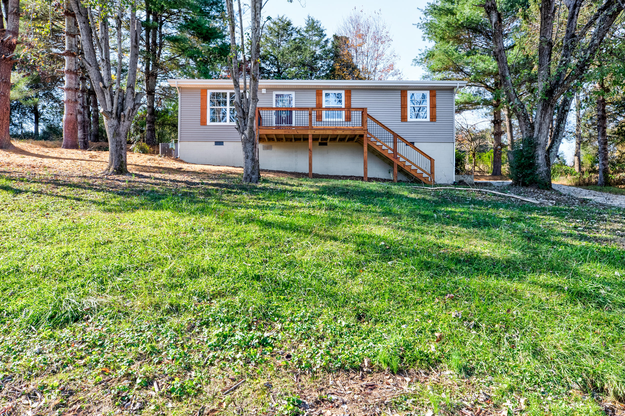 257 Gamble, Lafollette, Tennessee, United States 37766, 3 Bedrooms Bedrooms, ,2 BathroomsBathrooms,Single Family,For Sale,Gamble,1100026