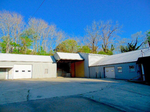 202 Mayberry St, Sparta, Tennessee 38583, ,Commercial,For Sale,Mayberry,1100510
