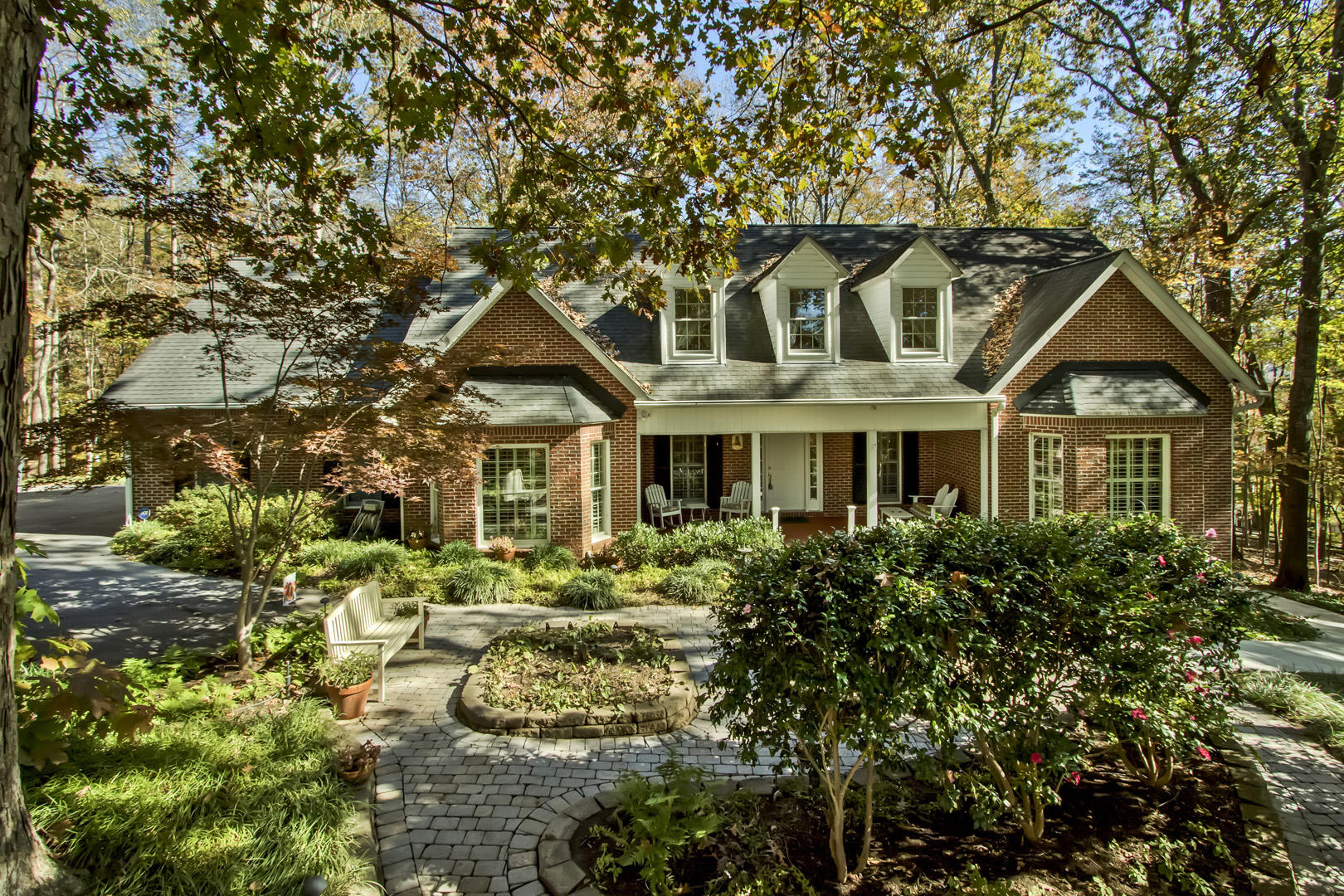 124 B Newport Drive, Oak Ridge, Tennessee, United States 37830, 4 Bedrooms Bedrooms, ,3 BathroomsBathrooms,Single Family,For Sale,Newport Drive,1100596