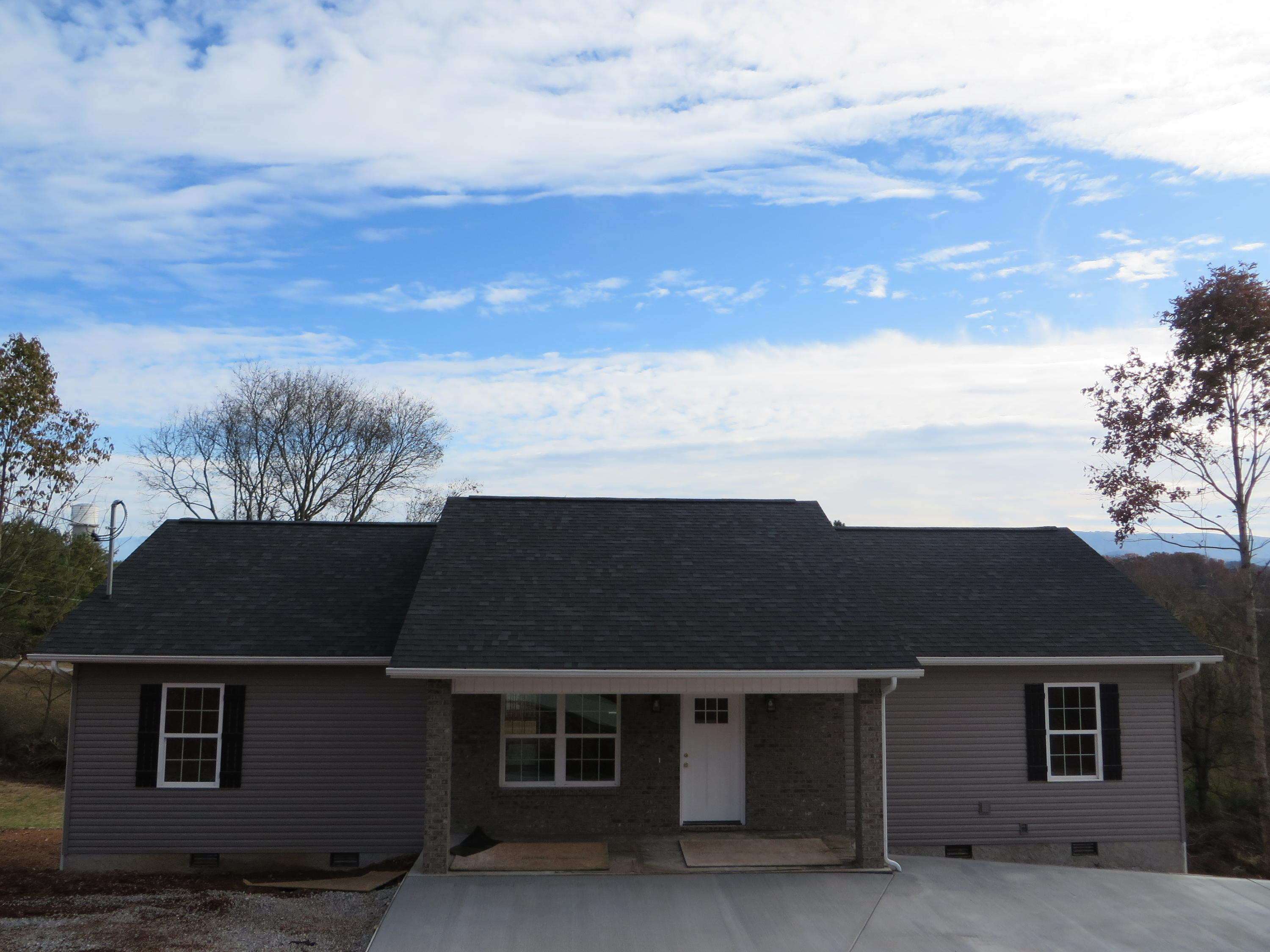 1920 Smokey High, Sevierville, Tennessee, United States 37876, 3 Bedrooms Bedrooms, ,2 BathroomsBathrooms,Single Family,For Sale,Smokey High,1100936