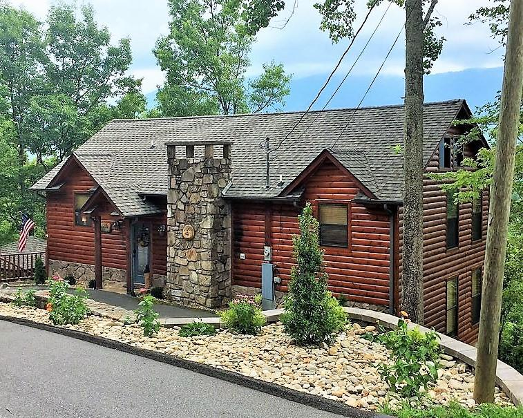 922 Scenic, Gatlinburg, Tennessee, United States 37738, 3 Bedrooms Bedrooms, ,3 BathroomsBathrooms,Single Family,For Sale,Scenic,1101002