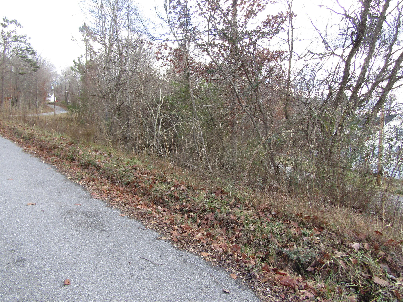620 Lake Drive Lane: