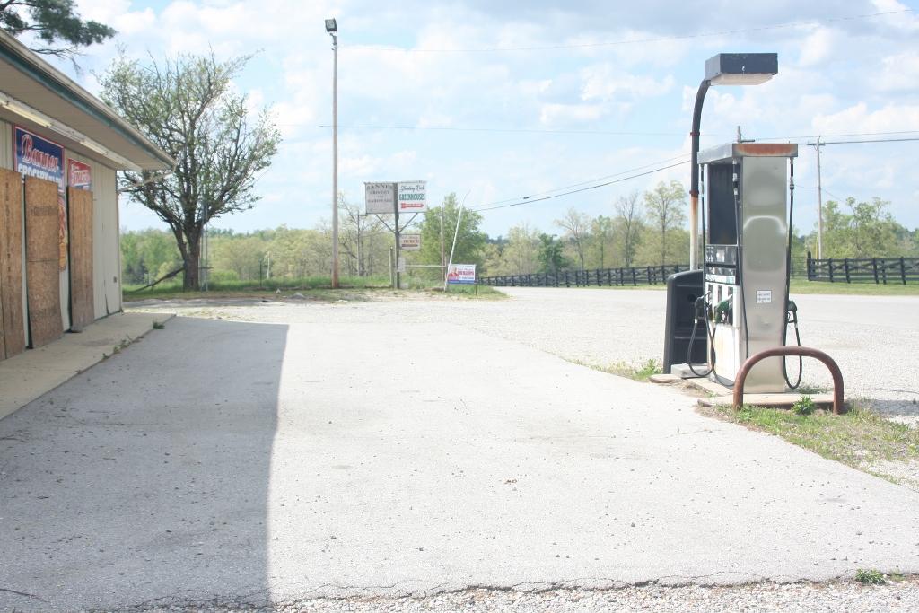1700 Roslin Rd, Jamestown, Tennessee 38556, ,Commercial,For Sale,Roslin,1102648