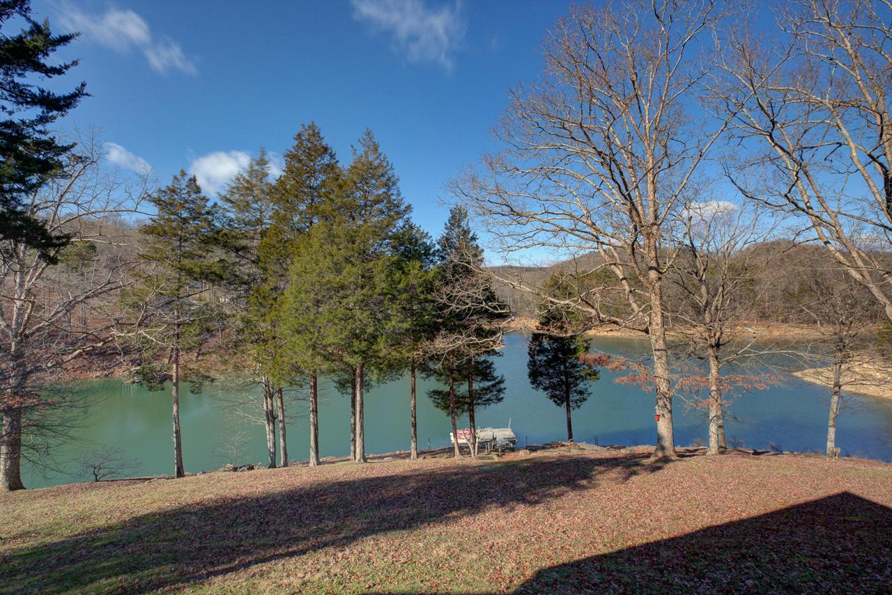 634 Blue Springs Rd: