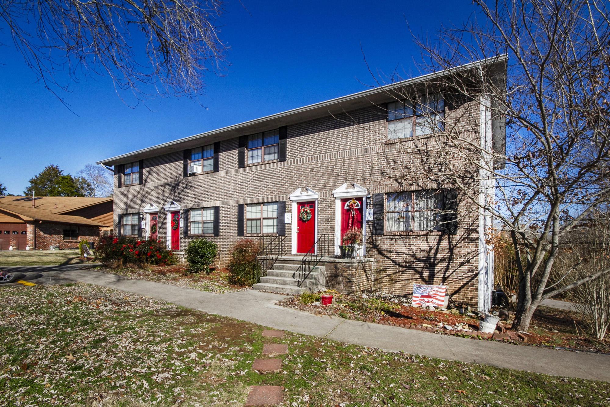 179 Golfcrest Lane, Oak Ridge, Tennessee 37830, 3 Bedrooms Bedrooms, ,2 BathroomsBathrooms,Single Family,For Sale,Golfcrest,1101871