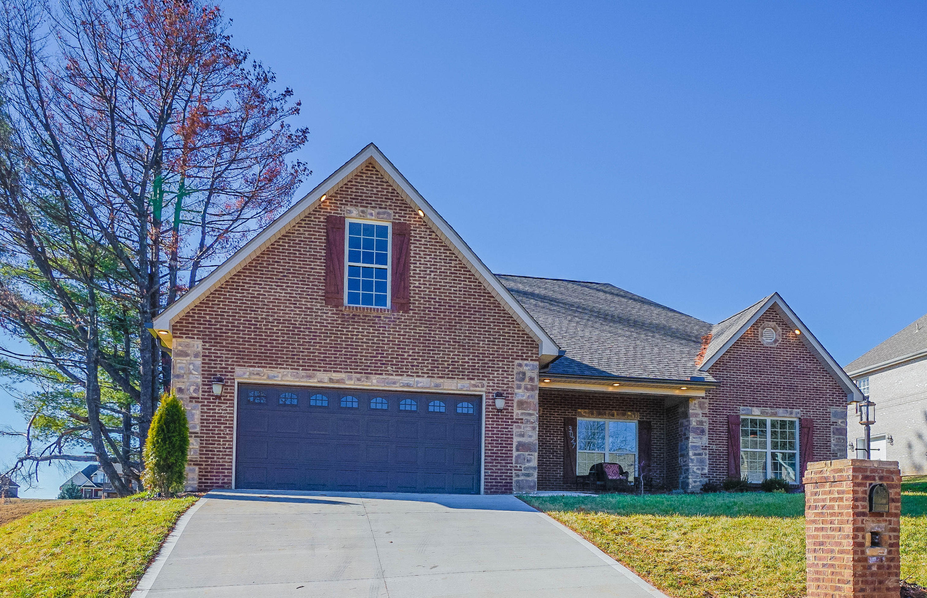 3027 Champions Drive, Maryville, Tennessee 37801, 3 Bedrooms Bedrooms, ,2 BathroomsBathrooms,Single Family,For Sale,Champions,1083477