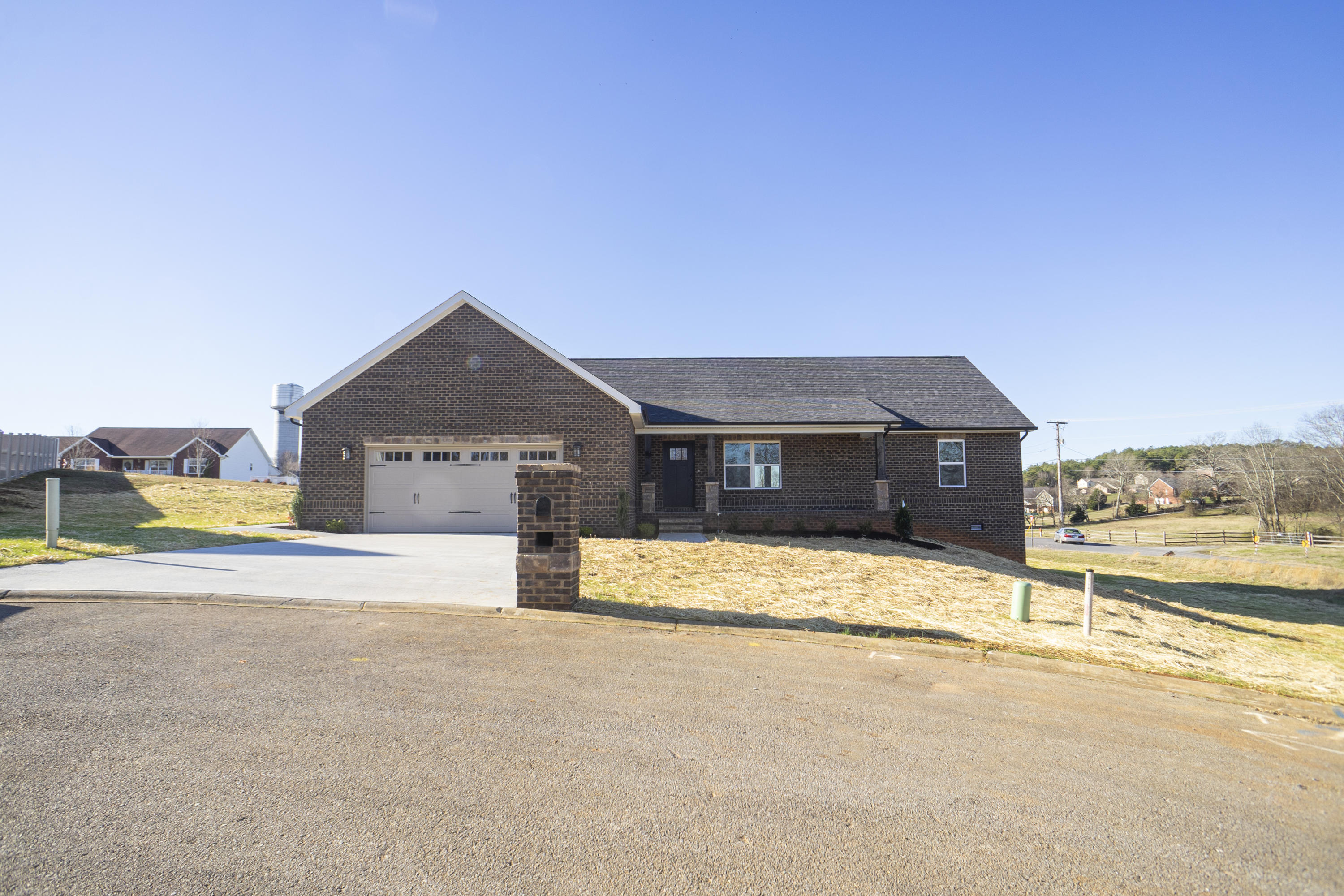 1519 Rosewood Dr Drive Preview Image 1