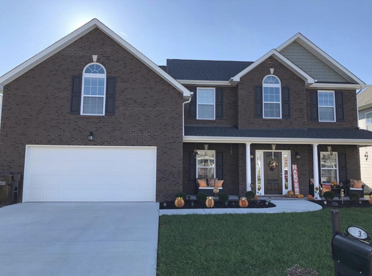 2435 Clinging Vine, Knoxville, Tennessee, United States 37931, 4 Bedrooms Bedrooms, ,2 BathroomsBathrooms,Single Family,For Sale,Clinging Vine,1104842