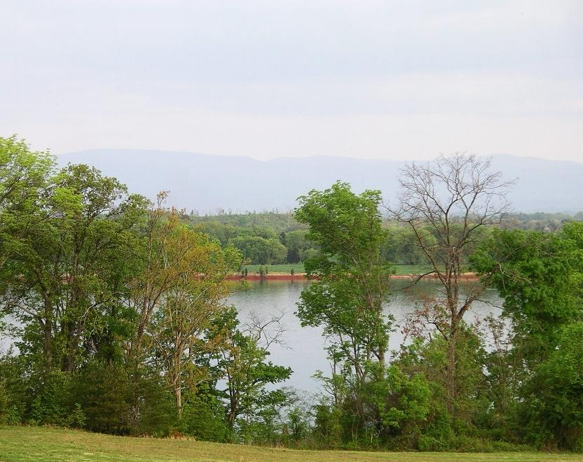 215 Rock Point -lot 425 Drive