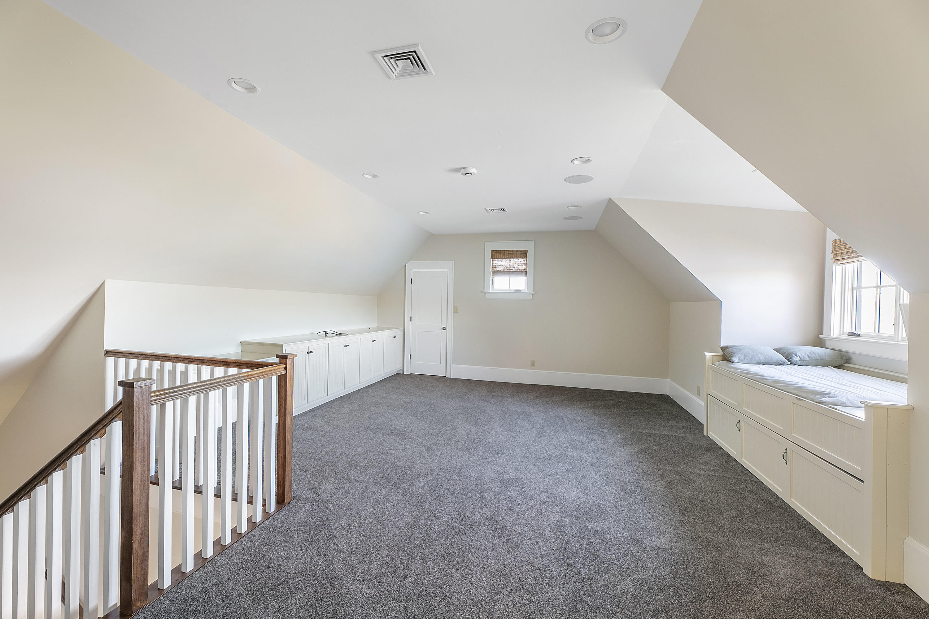 3647 Lowes Ferry Rd: