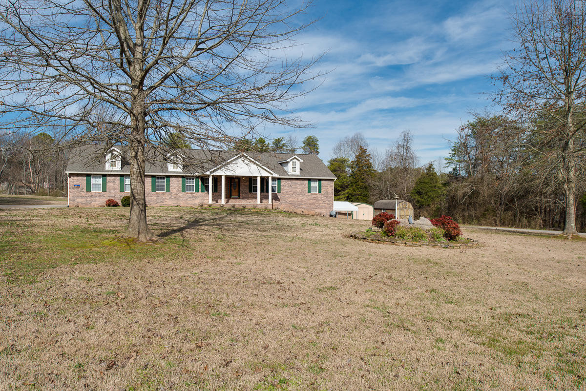 2218 Marlin Rd, Maryville, Tennessee 37801, 3 Bedrooms Bedrooms, ,3 BathroomsBathrooms,Single Family,For Sale,Marlin,1109150