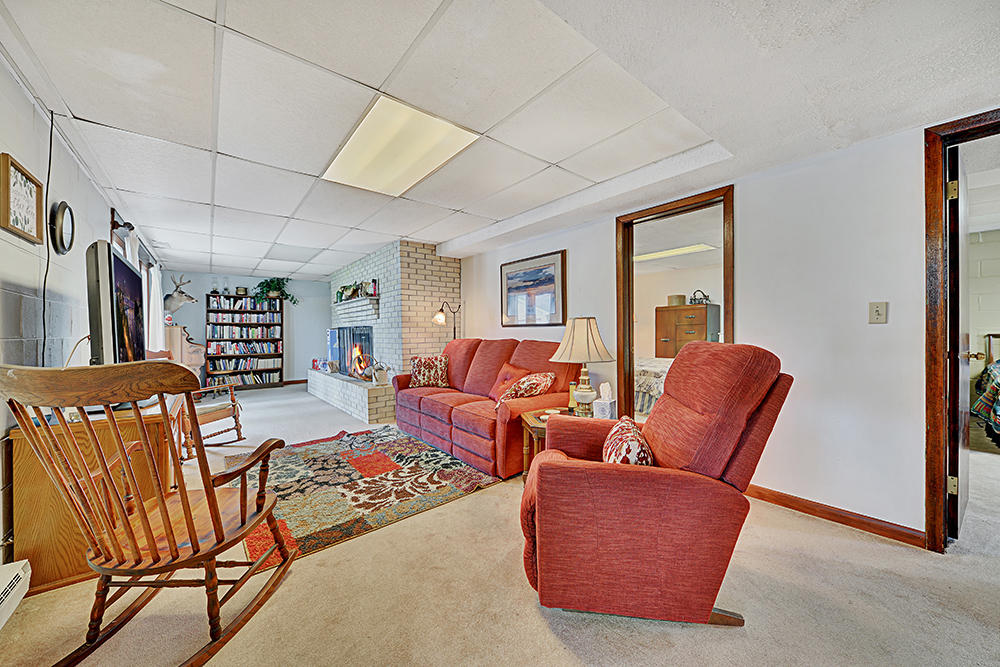 4317 Cove Drive: