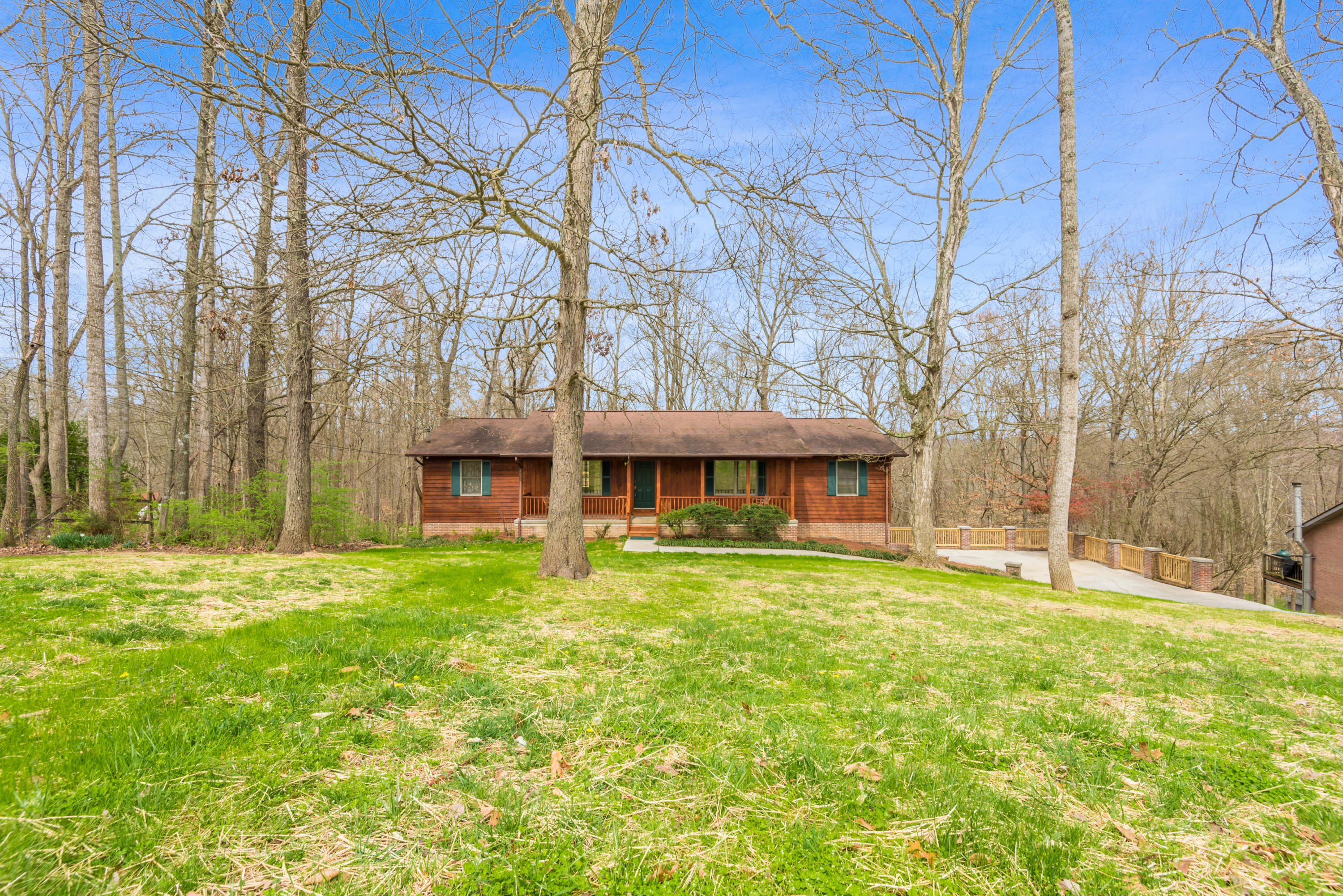 9411 Jim Loy Rd, Strawberry Plains, Tennessee 37871, 3 Bedrooms Bedrooms, ,2 BathroomsBathrooms,Single Family,For Sale,Jim Loy,1111569