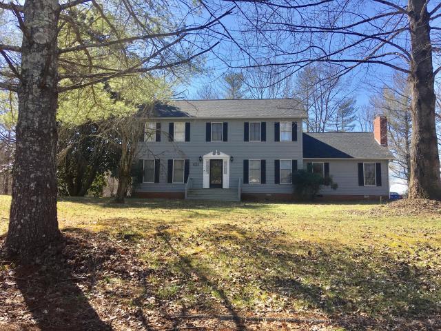 105 Jackson, Harrogate, Tennessee, United States 37752, 3 Bedrooms Bedrooms, ,2 BathroomsBathrooms,Single Family,For Sale,Jackson,1112002