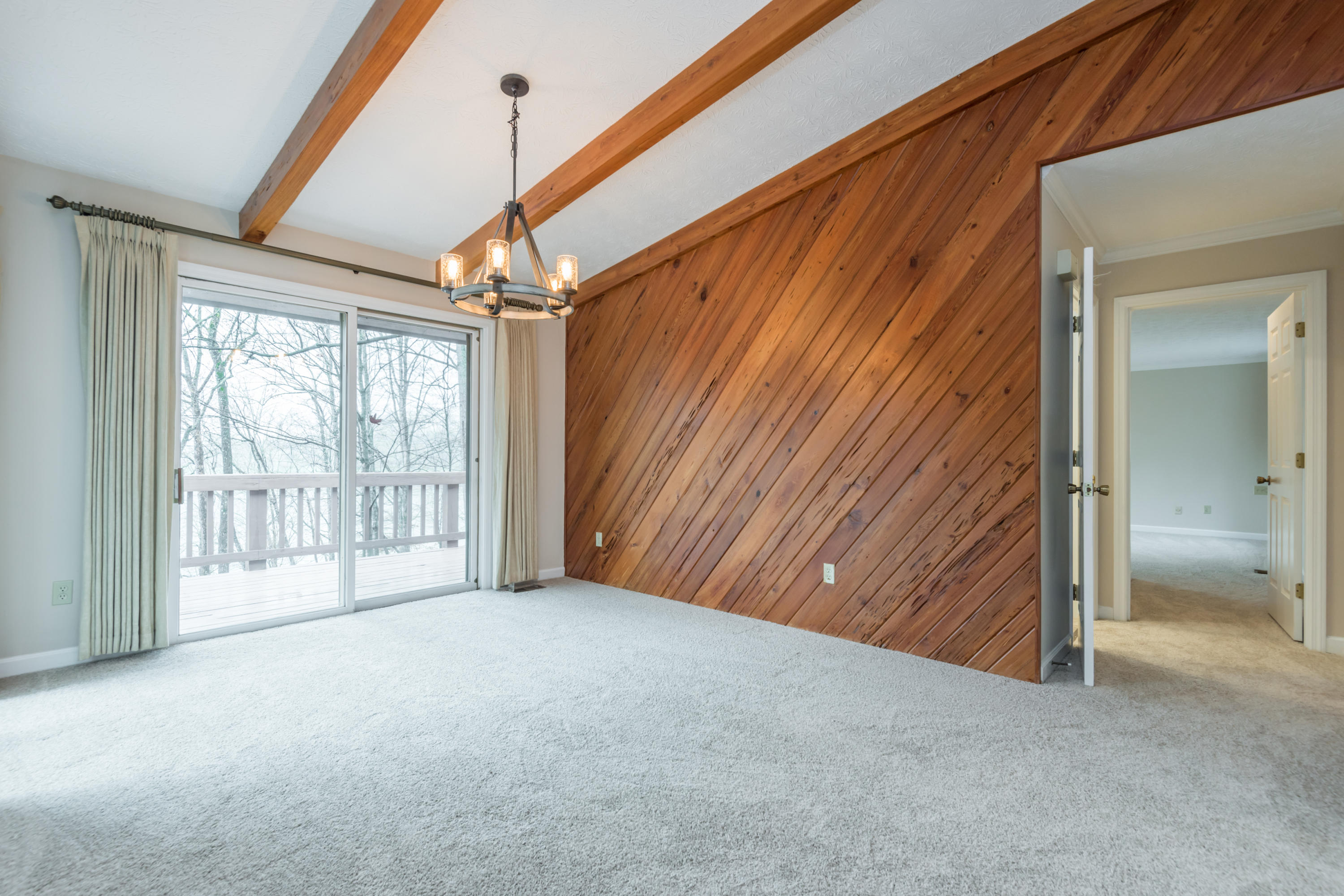11805 Couch Mill Rd: