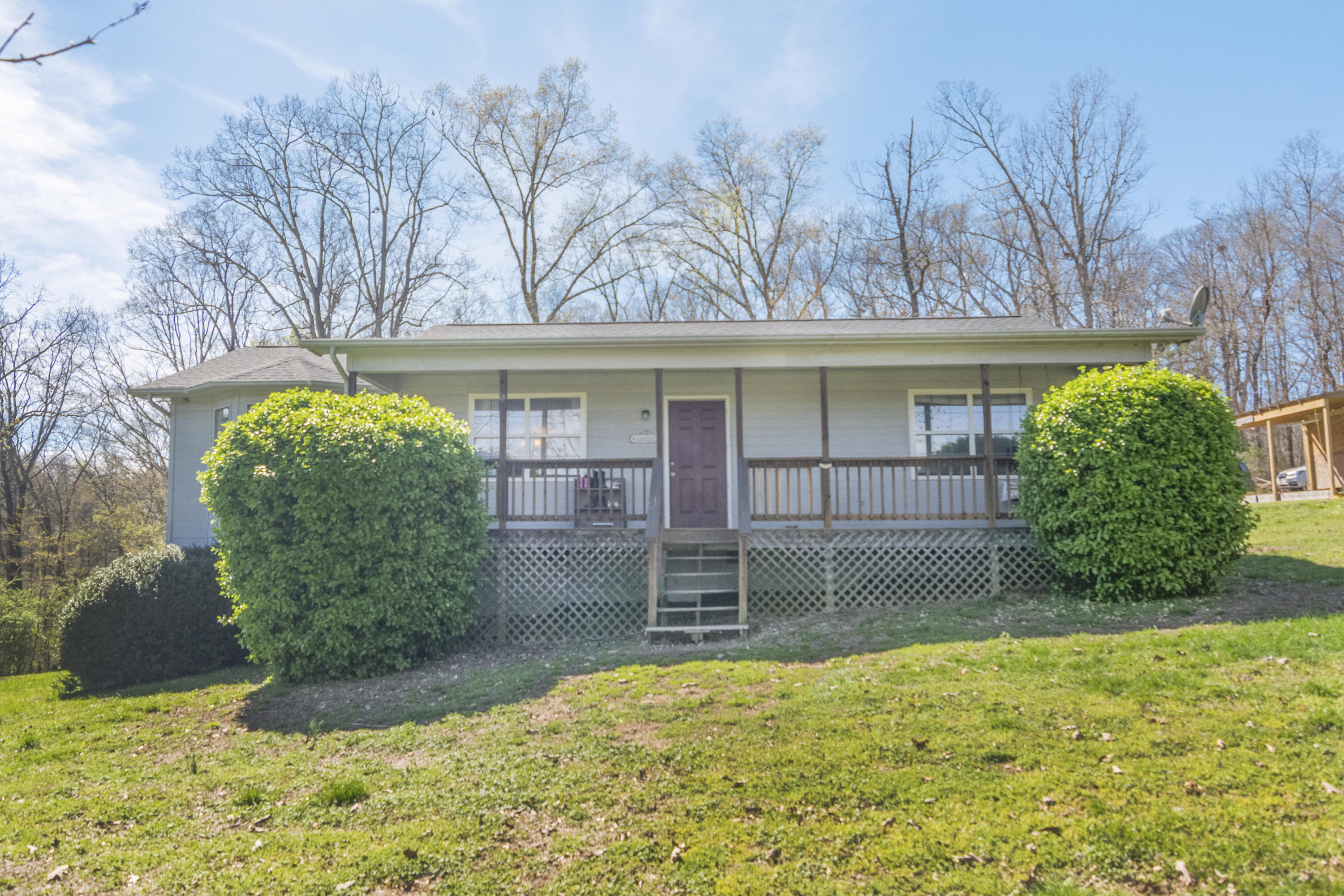3310 Zion Ridge, Loudon, Tennessee, United States 37774, 3 Bedrooms Bedrooms, ,2 BathroomsBathrooms,Single Family,For Sale,Zion Ridge,1112435
