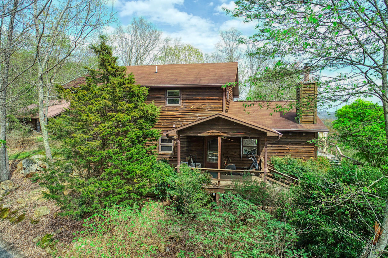 532 Manis, Rogersville, Tennessee, United States 37857, 3 Bedrooms Bedrooms, ,2 BathroomsBathrooms,Single Family,For Sale,Manis,1112453