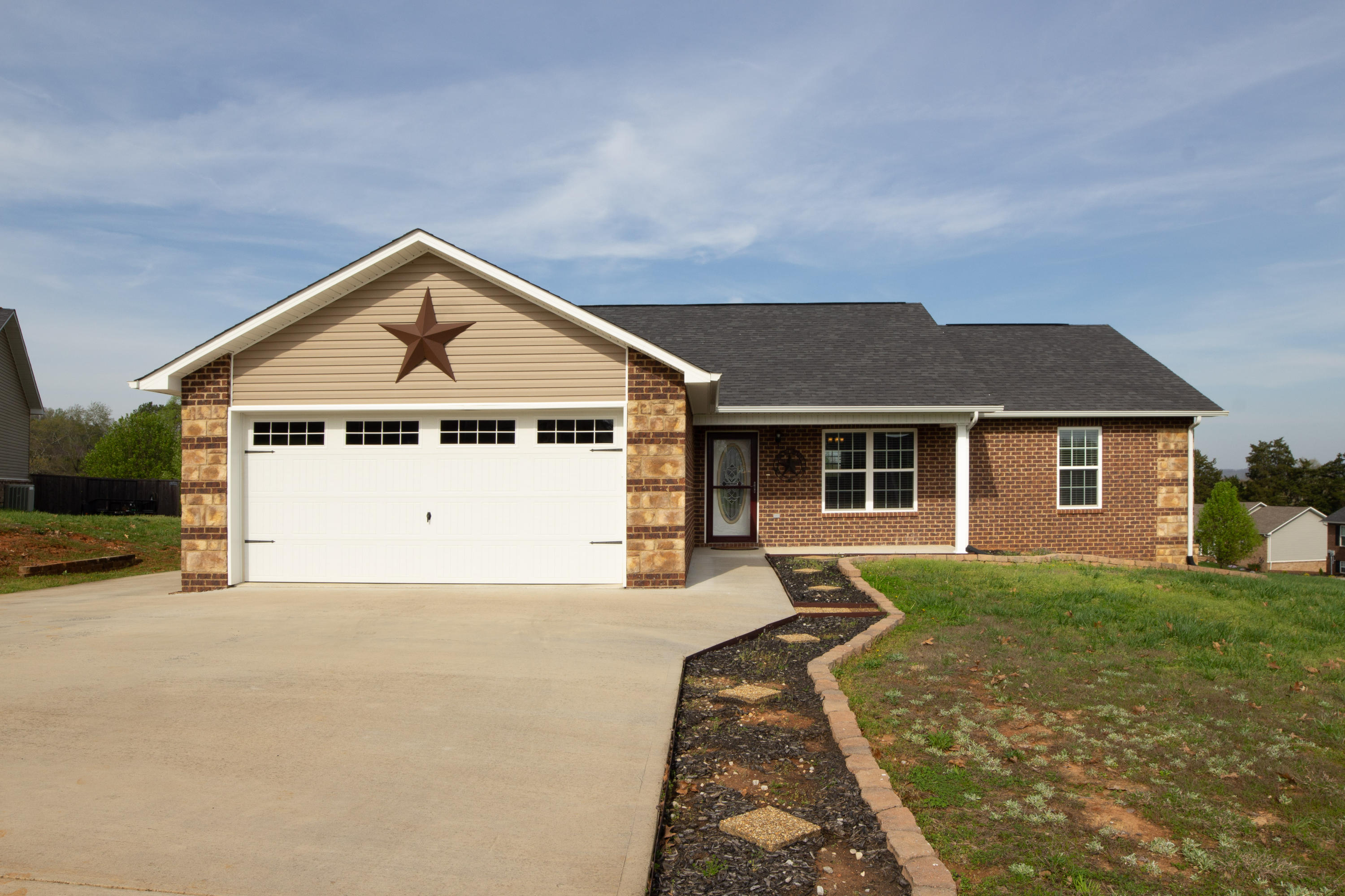 602 Hills Gate, Seymour, Tennessee, United States 37865, 3 Bedrooms Bedrooms, ,2 BathroomsBathrooms,Single Family,For Sale,Hills Gate,1112498