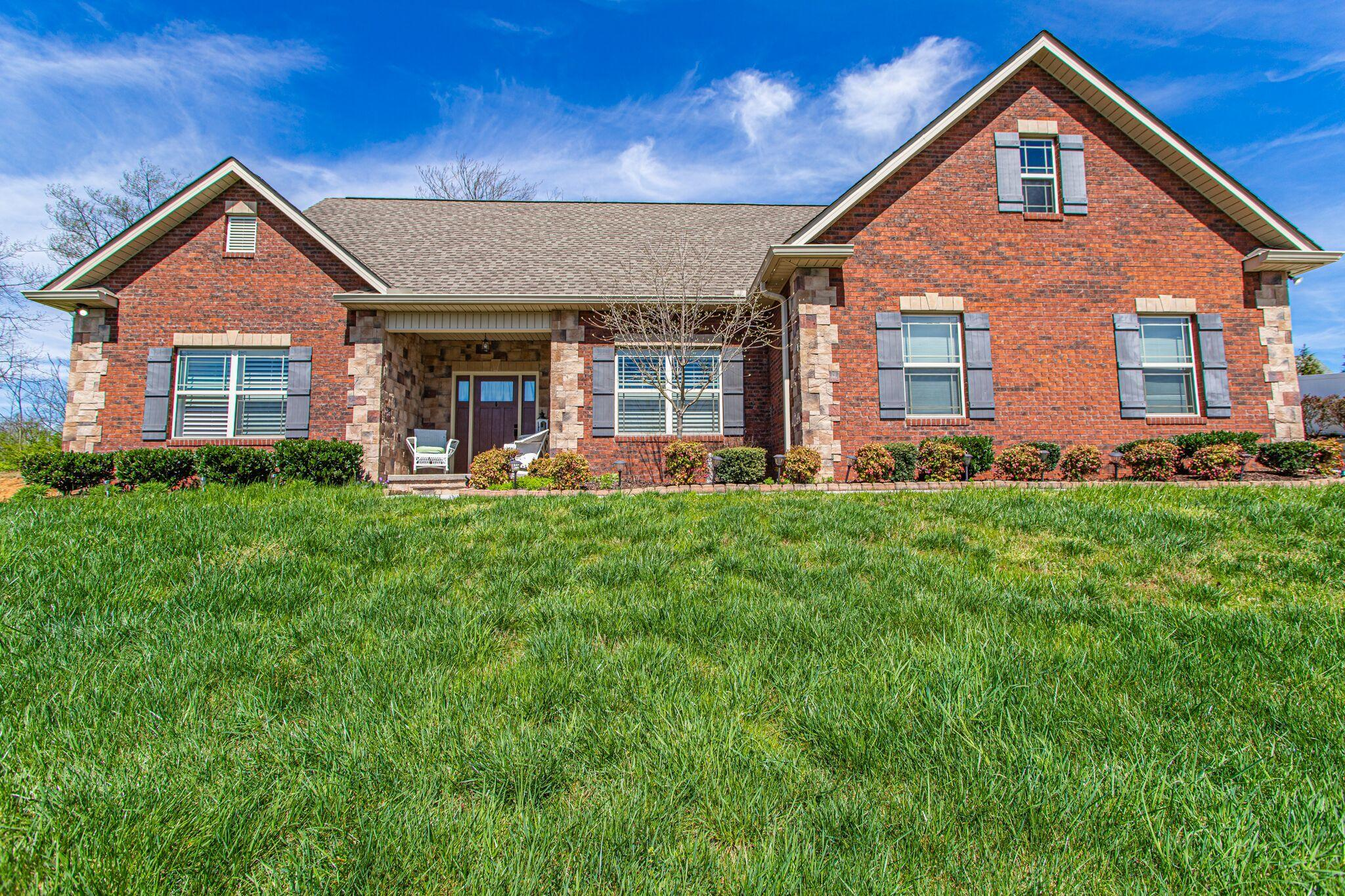 2026 Country Brook, Knoxville, Tennessee, United States 37921, 3 Bedrooms Bedrooms, ,2 BathroomsBathrooms,Single Family,For Sale,Country Brook,1112503