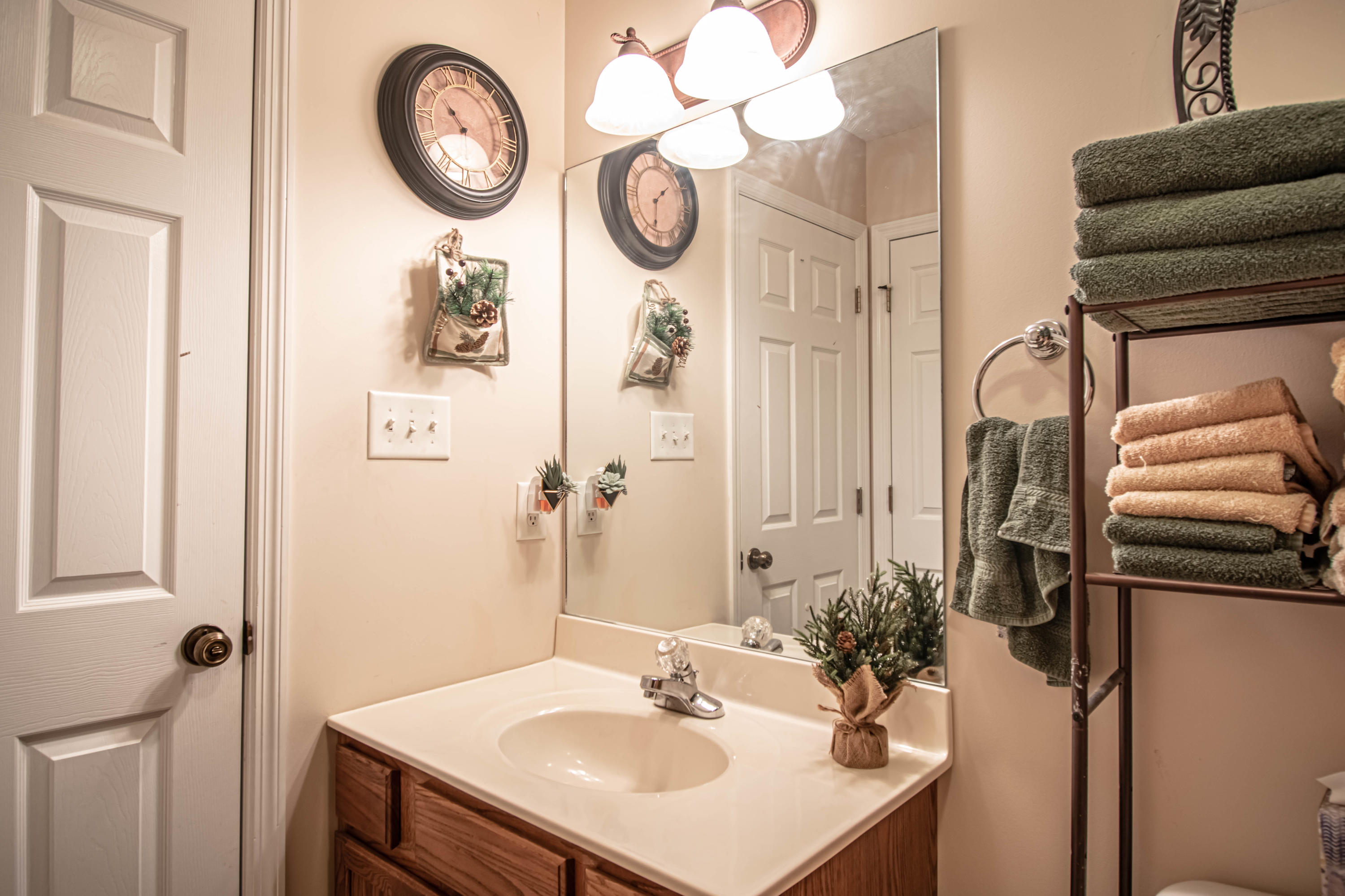 217 Montalee, Knoxville, Tennessee, United States 37924, 2 Bedrooms Bedrooms, ,2 BathroomsBathrooms,Single Family,For Sale,Montalee,1114632