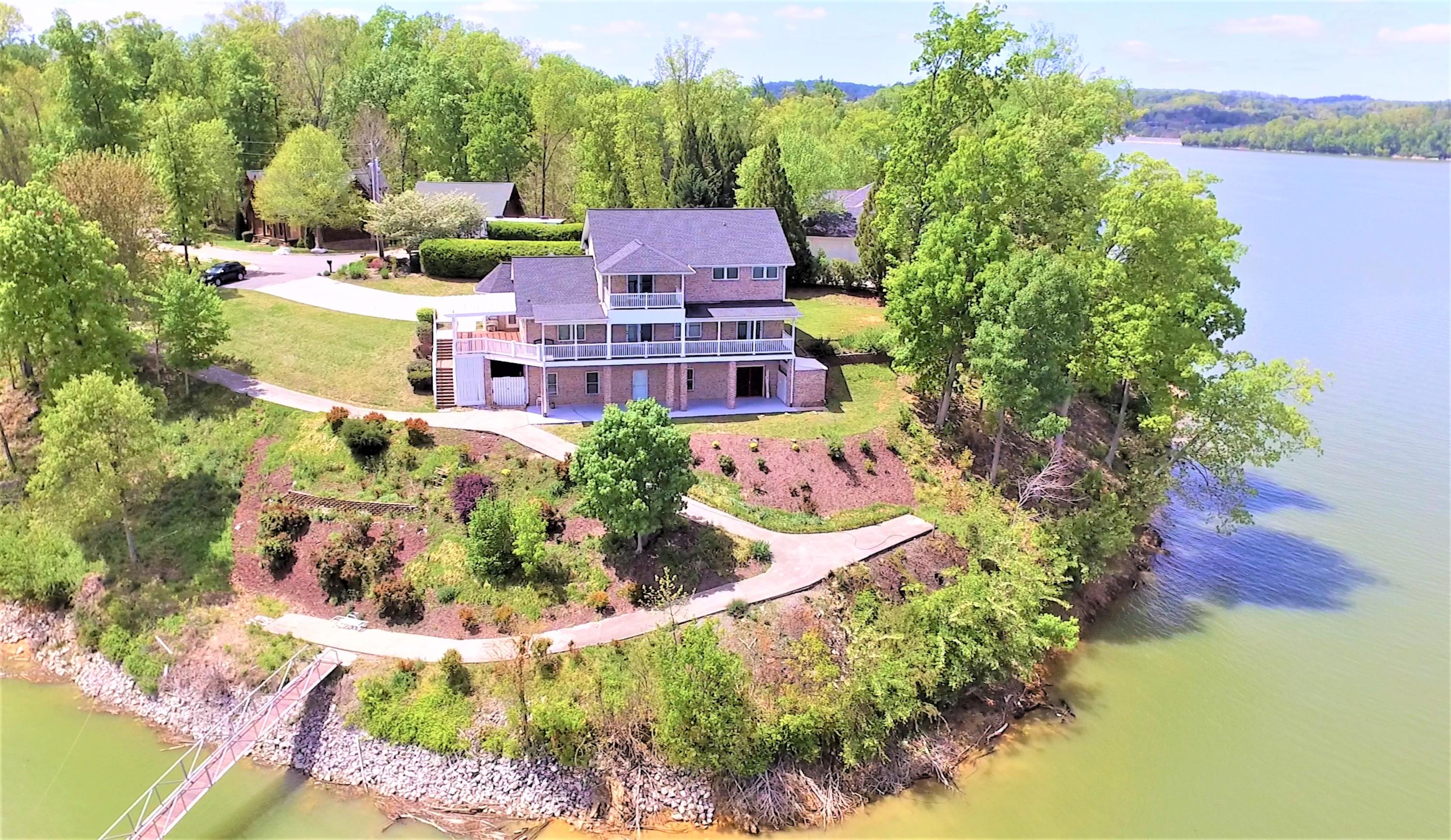 1540 Persimmon Orchard Drive, Dandridge, Tennessee 37725, 3 Bedrooms Bedrooms, ,3 BathroomsBathrooms,Single Family,For Sale,Persimmon Orchard,1115049
