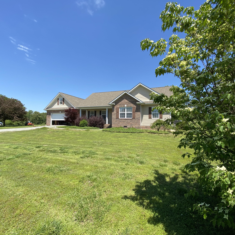106 Springbrooke, Madisonville, Tennessee, United States 37354, 3 Bedrooms Bedrooms, ,2 BathroomsBathrooms,Single Family,For Sale,Springbrooke,1115624