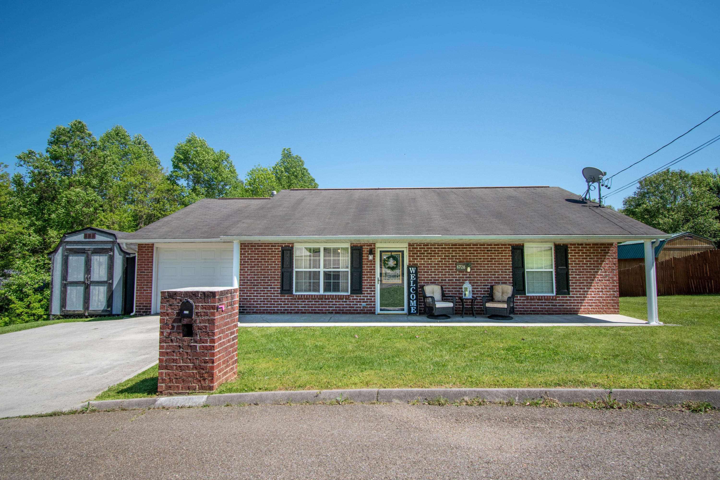 6728 Carina, Corryton, Tennessee, United States 37721, 3 Bedrooms Bedrooms, ,2 BathroomsBathrooms,Single Family,For Sale,Carina,1115662