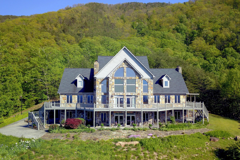 3771 Eagle Ridge Rd, Maryville, Tennessee 37803, 4 Bedrooms Bedrooms, ,3 BathroomsBathrooms,Single Family,For Sale,Eagle Ridge,1115942