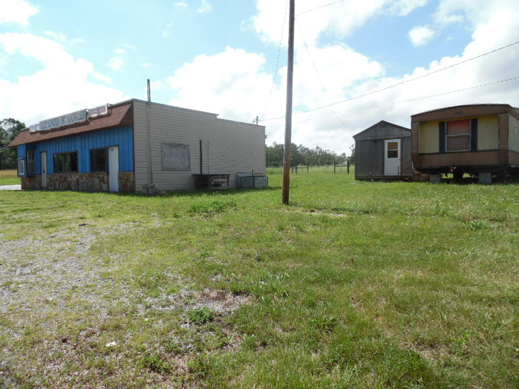 12250 Us-70, Sparta, Tennessee 38583, ,Commercial,For Sale,Us-70,1116078